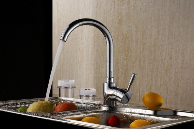 Brass-Fashion-Kitchen-Water-Faucet-1386121993-0