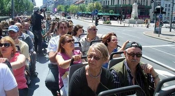 tourist guide day